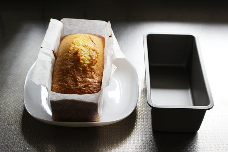 クッキングシートの敷き方(パウンドケーキ型)8
