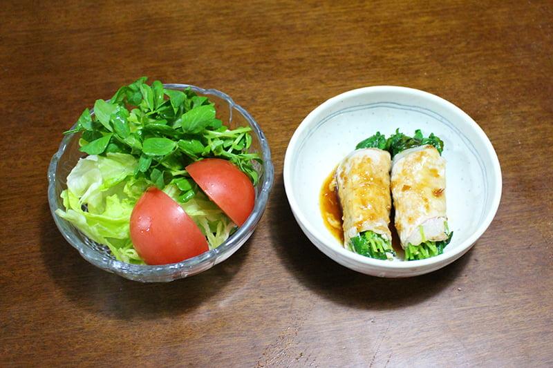 豆苗を使った野菜サラダと肉巻き