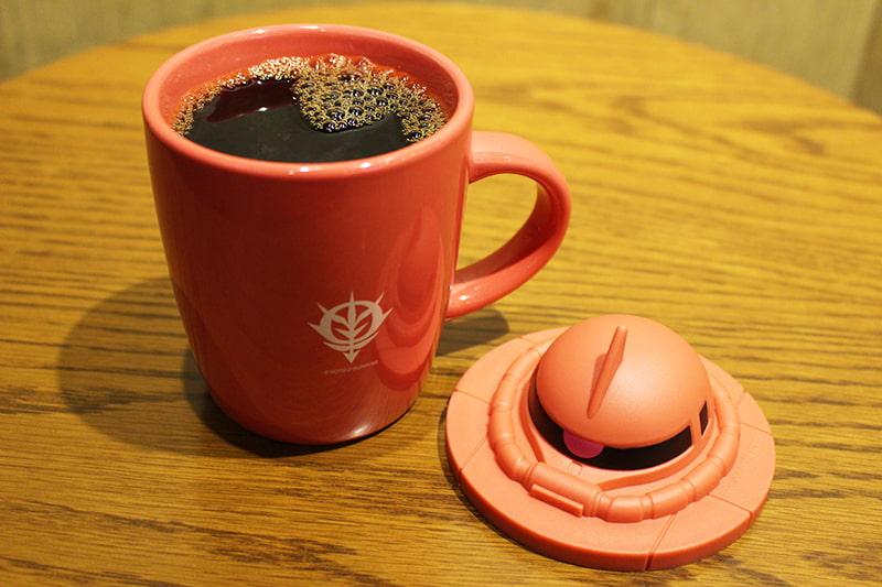 『機動戦士ガンダム』シャア専用ザク マグカップ
