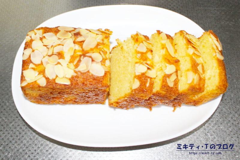 アーモンド風味のパウンドケーキ